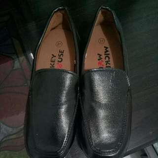 mickey mouse black shoes
