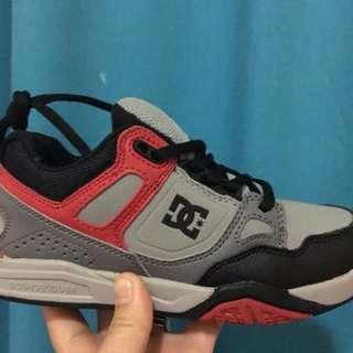 1d864541547a5 Dc shoes for kids 💯% authentic