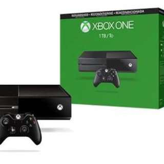 Xbox one 1TB with 2 controllers