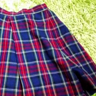 Checkerd skirt