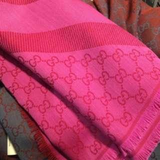 全新桃紅色gucci 大披肩 圍巾 方巾 頸巾