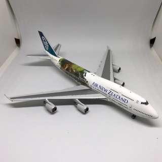 *RARE* Air New Zealand Boeing 747-400 Phoenix Model 1/400