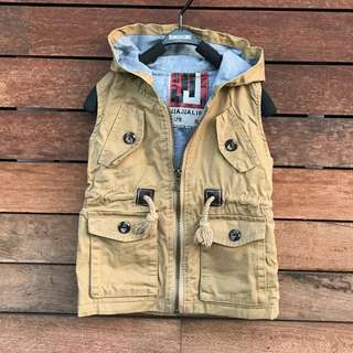 Boys hooded vest coat size 1