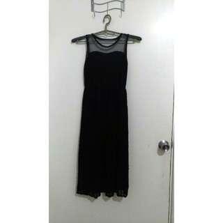 🚚 蕾絲鏤空黑洋裝(降價)