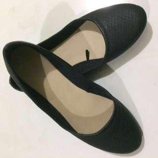 Parisian EDA Black Doll Shoes