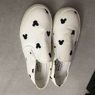 Korea mickey mouse shoe