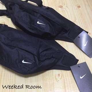 Nike 小Logo 腰包 側背包 ✔️