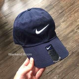 🚚 Nike Swoosh 單勾 電繡老帽 藍