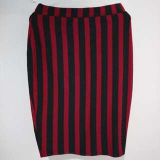 Mermaid Skirt (Black & Red)