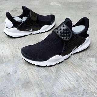 🚚 Nike Sock Dart 黑白