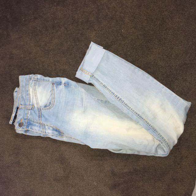 90's mom jeans light wash