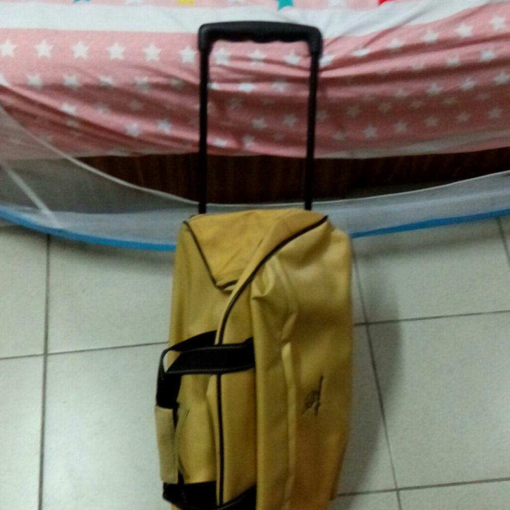 外出拉桿行李袋