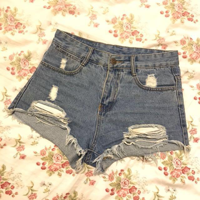 二手轉賣 顯瘦 刷破牛仔短褲 M號