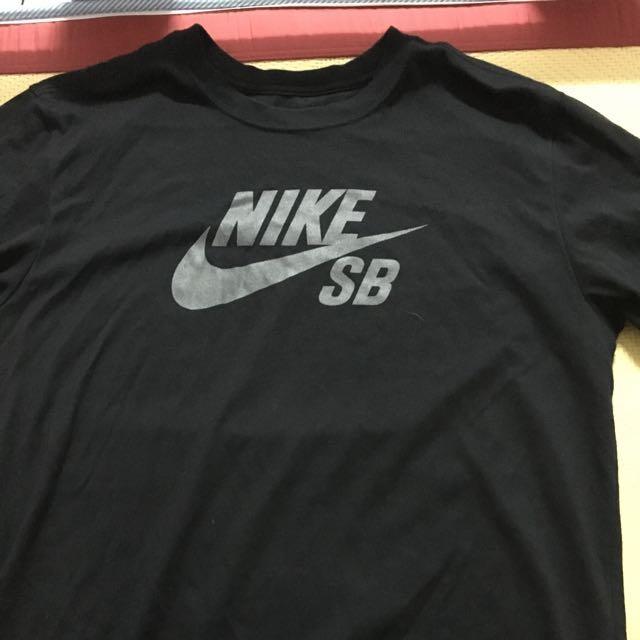 二手美品 Nike SB 反光 Logo 黑色短袖