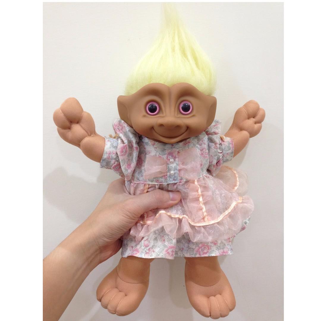 幸運小子 (小碎花洋裝寶寶)醜娃、巨魔娃娃、醜妞、Troll Doll、魔髮精靈