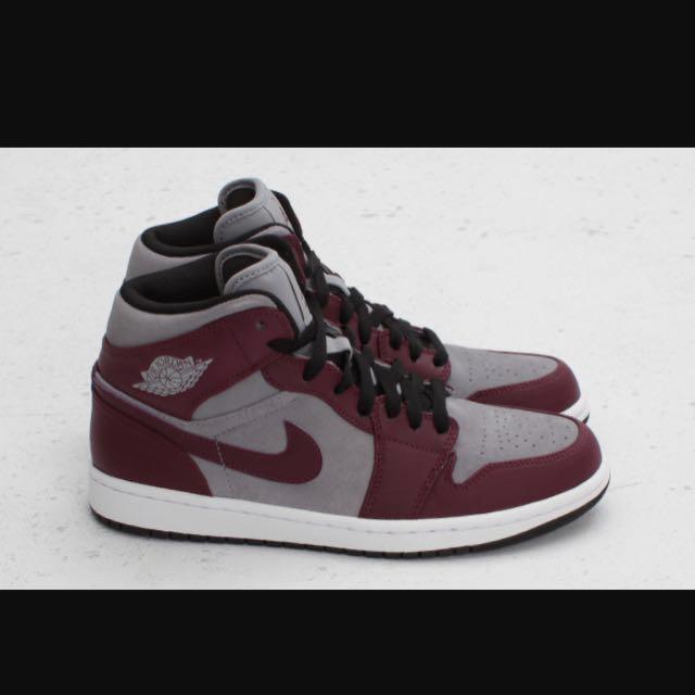 8d1c2d4f20c Air Jordan 1 Phat Bordeaux, Men's Fashion, Footwear on Carousell