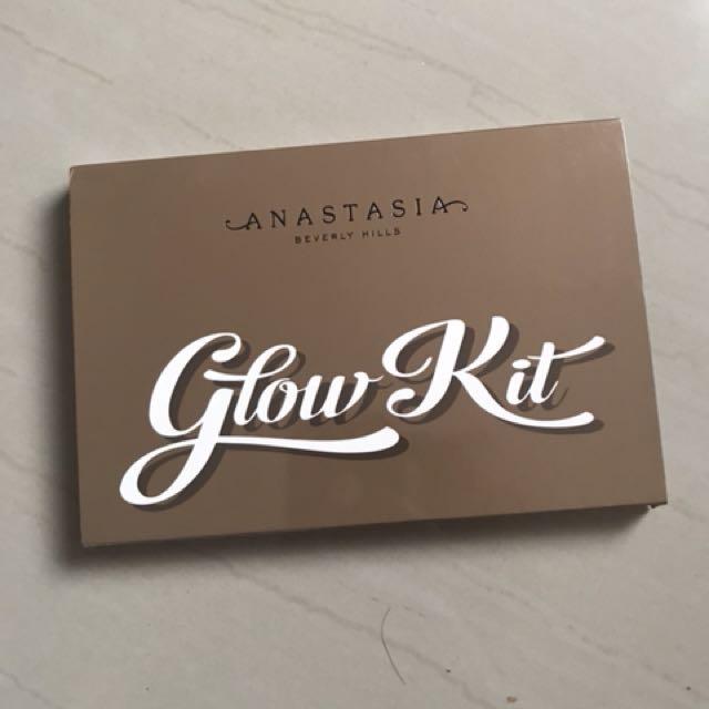 Anastasia Glow Kit (Authentic Not Fake)