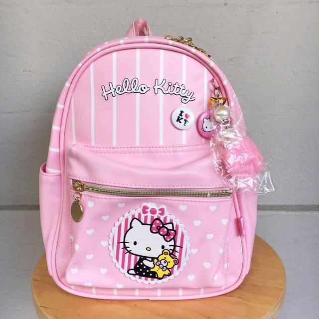 Hello kitty christmas gift bag