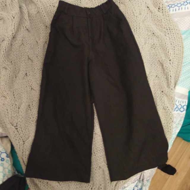 Black high waisted culottes