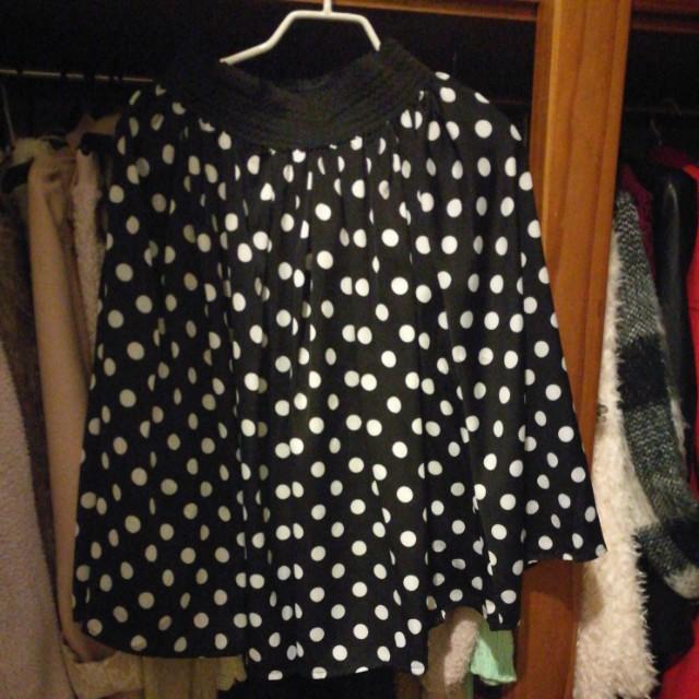 Black n white polka dot skirt