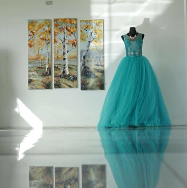 Blue green 2 way mermaid/ball gown