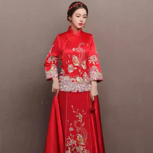 photo photo ...  sc 1 st  Carousell & Good Quality Classic Chinese Traditional Wedding Gown Bridal Gown ...