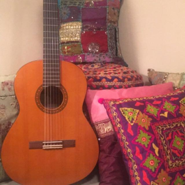 Classical Yamaha Guitar 3/4 Size