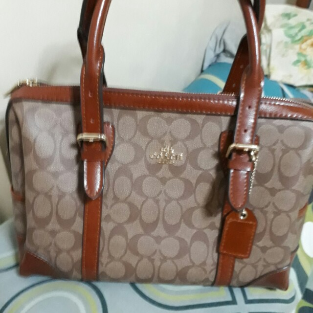 Coach authentic new