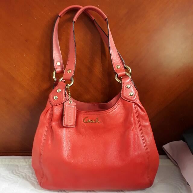 SALE!!.Coach Bag Leather (Authentic)