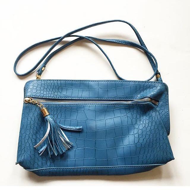 Croco slingbag