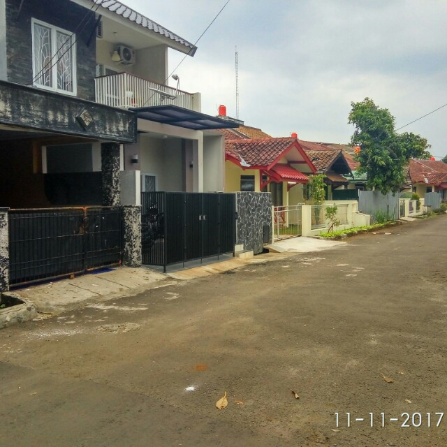 Dijual rumah komplek arinda permai 1 Bintaro