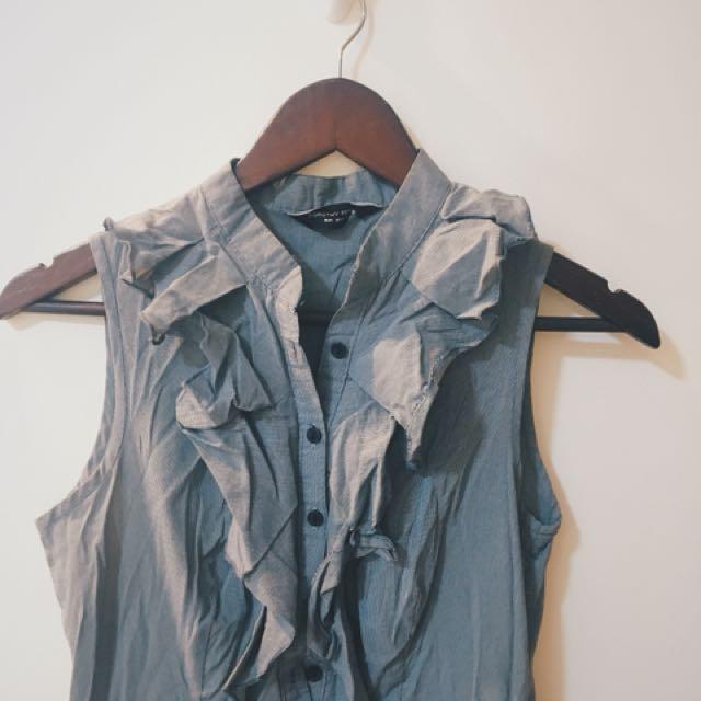 Dorothy Perkins - Ruffled Sleeveless Dress
