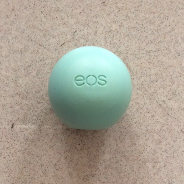 EOS Lipbalm in Sweet Mint