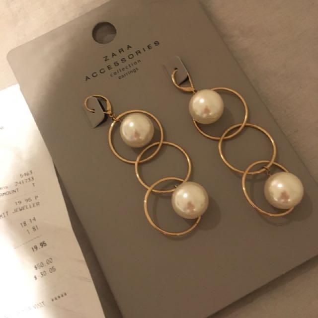 Evening wear earrings