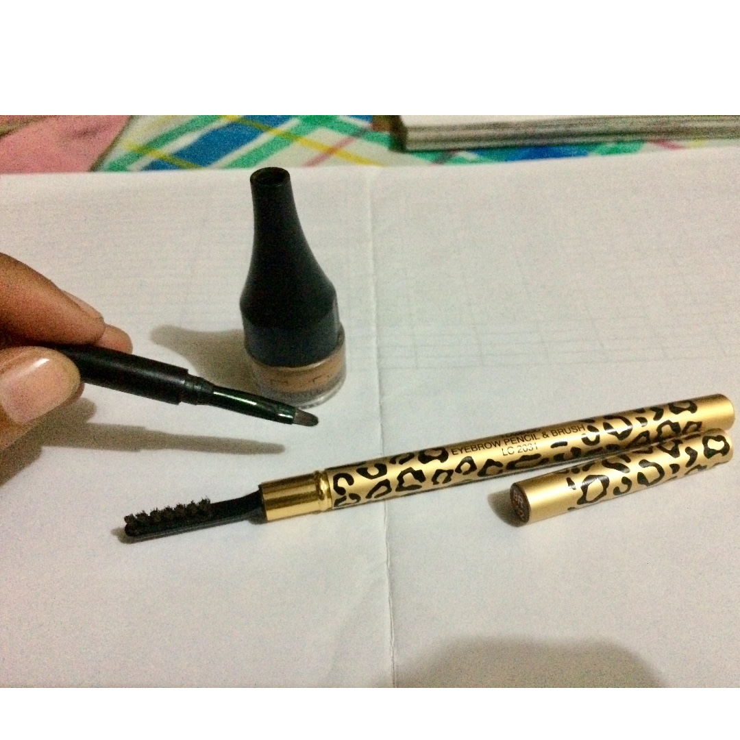 BYS eyebrow gel and eyebrow pencil with brush