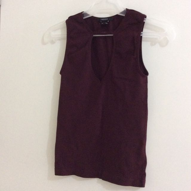 F21 Keyhole Top Burgundy-Small