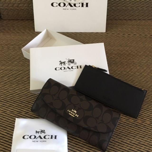 F52601 Signature Coach fold lady wallet