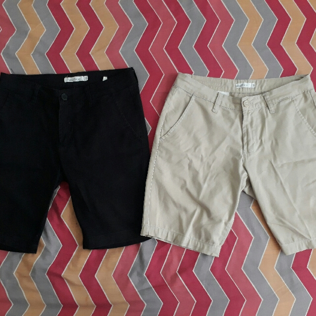 Folded&Hung Shorts