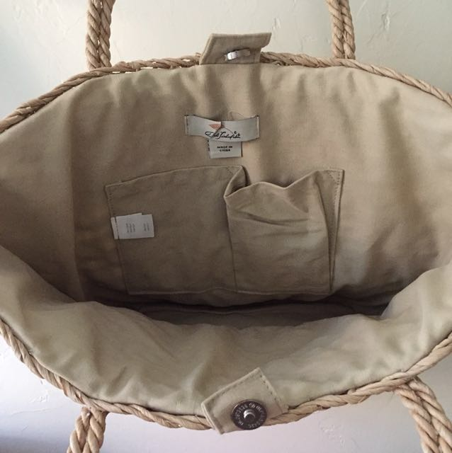 Handmade straw shopping bag 人手織稻草購物袋