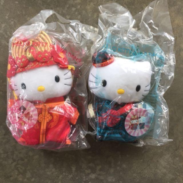 HELLO KITTY & DANIEL CHINESE WEDDING COUPLE