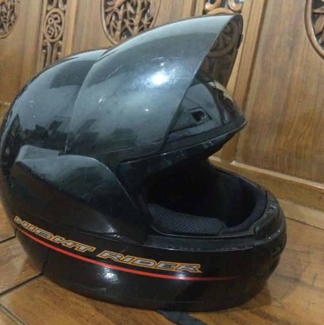 Helm suzuki night rider