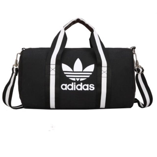 black and grey adidas duffle bag   Défi J arrête, j y gagne! 3d0d1d0977