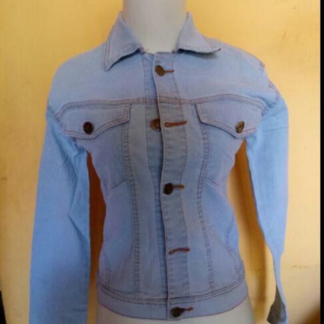 Jaket jeans (biru terang)