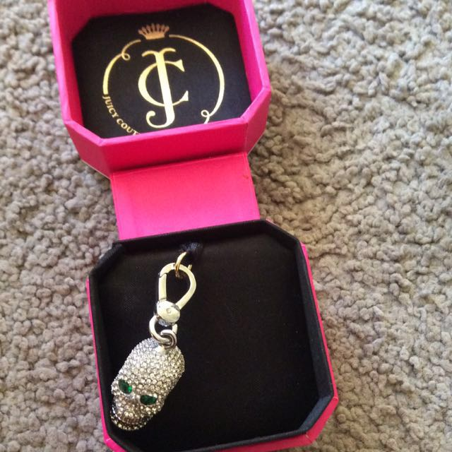 Juicy Couture skull charm