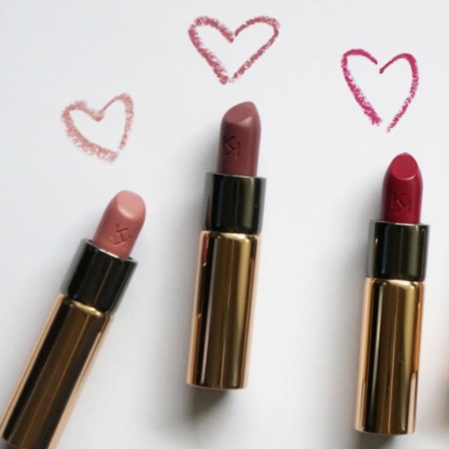 Kiko Gossamer Emotion, creamy lipstik shade 131