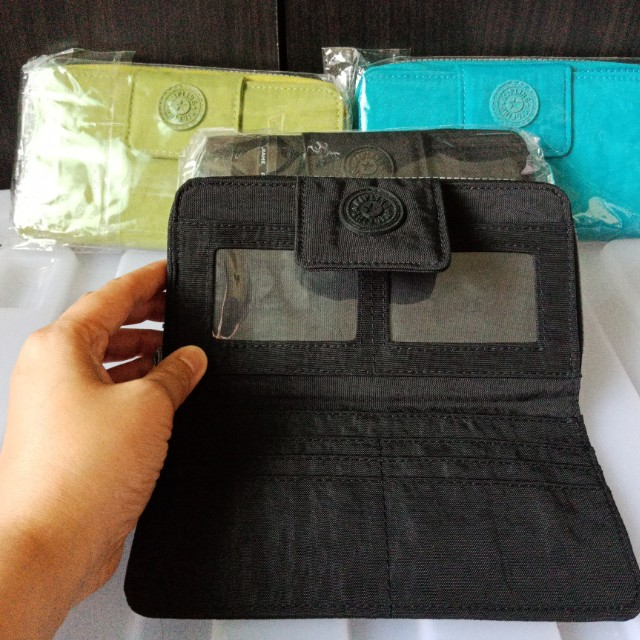 kipling long wallet with rubber logo