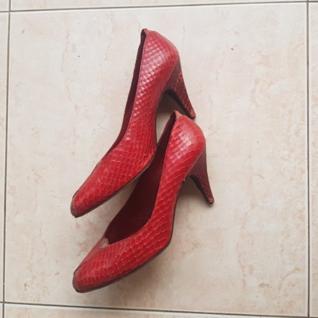 Kurt Geiger Lady in Red