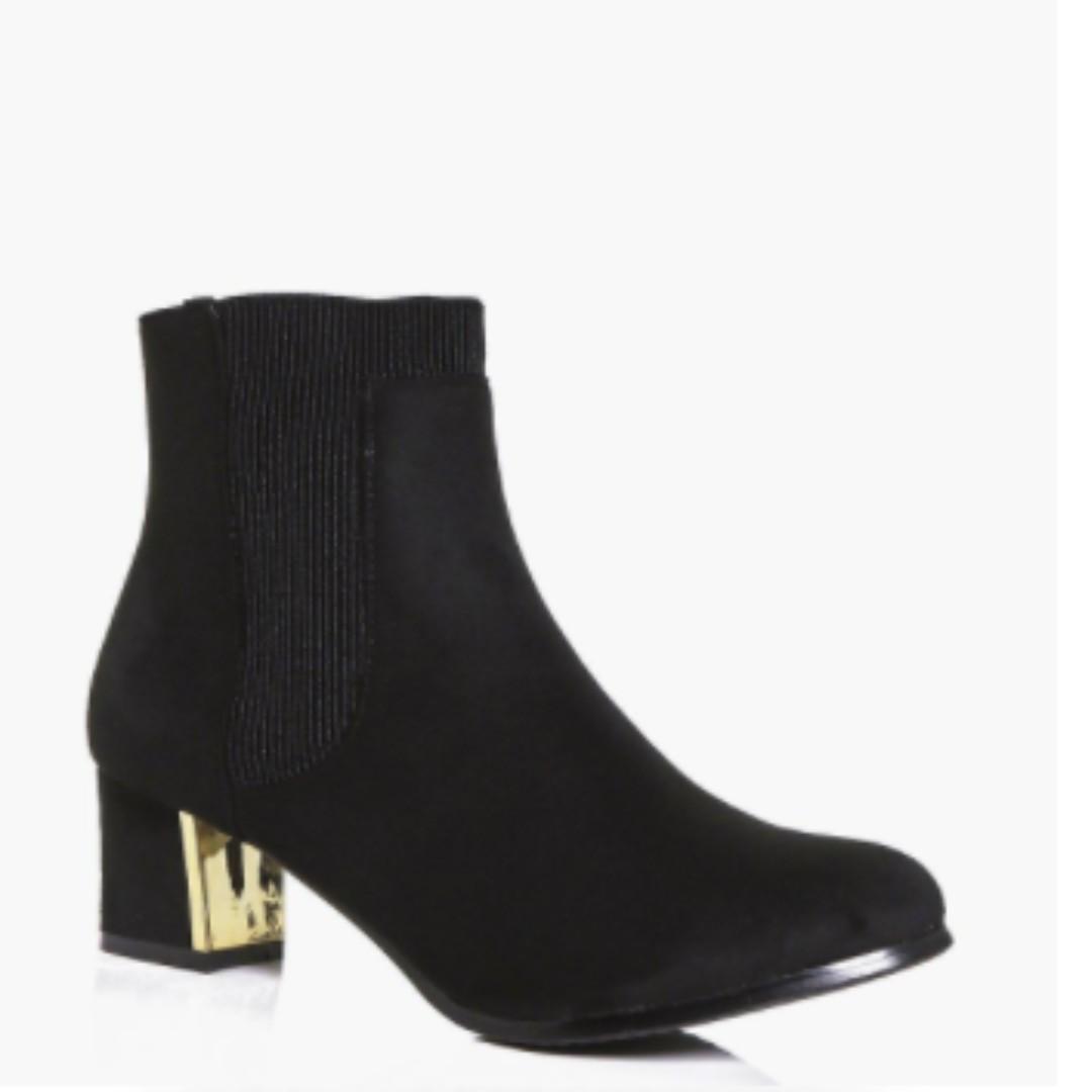 Low Block Gold Heel Boot