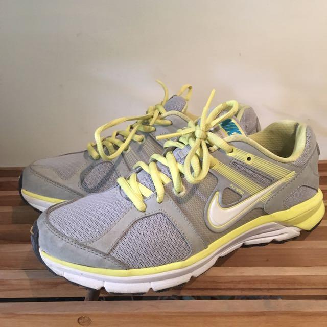 Nike球鞋24.5