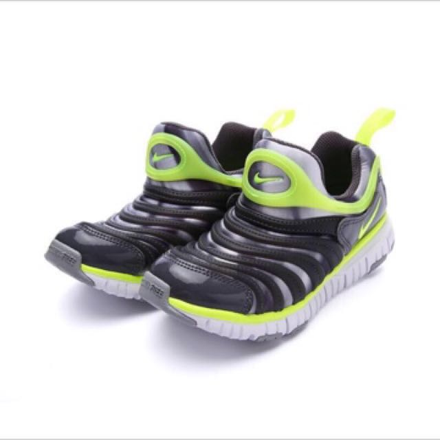 Nike 毛毛蟲童鞋《全新未穿,買錯尺寸便宜賣》